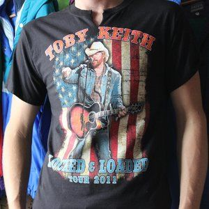 2011 Toby Keith Locked & Loaded Tour T-Shirt